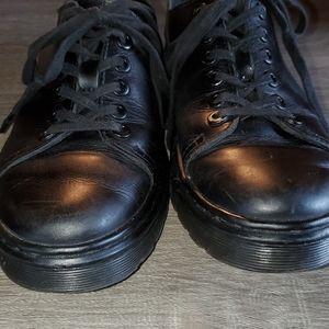 Dr. Martens Dante Shoes Doc's Black Leather